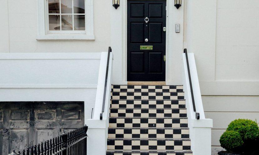Охоронні системи Як захистити квартиру від злодіїв