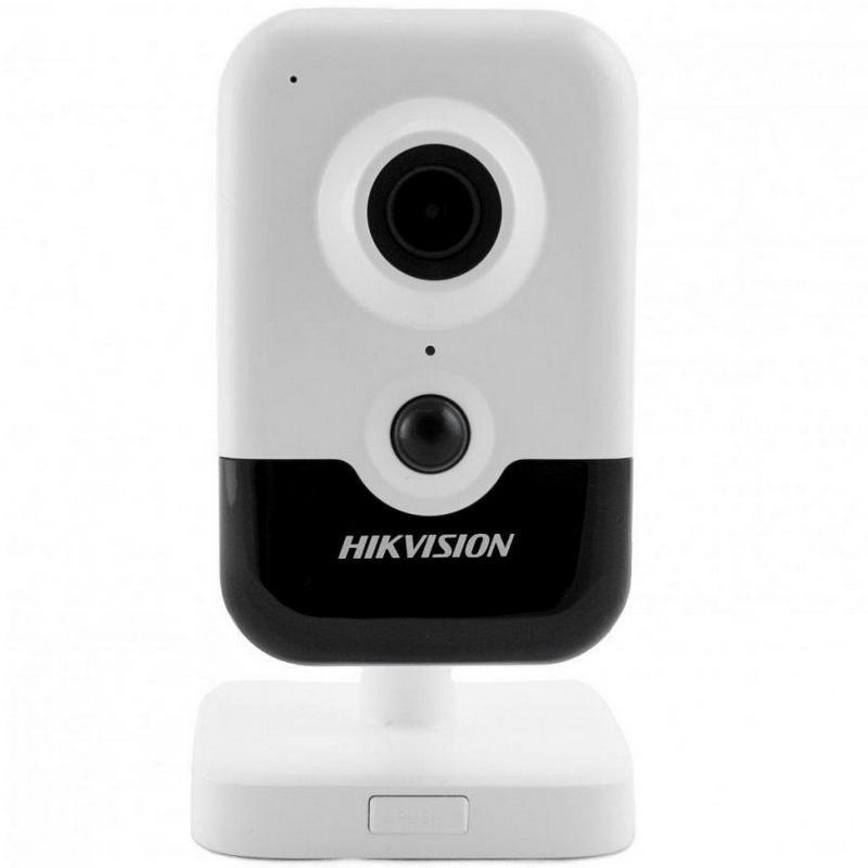 2 Мп IP-відеокамера Hikvision DS-2CD2423G0-I (2.8 мм)