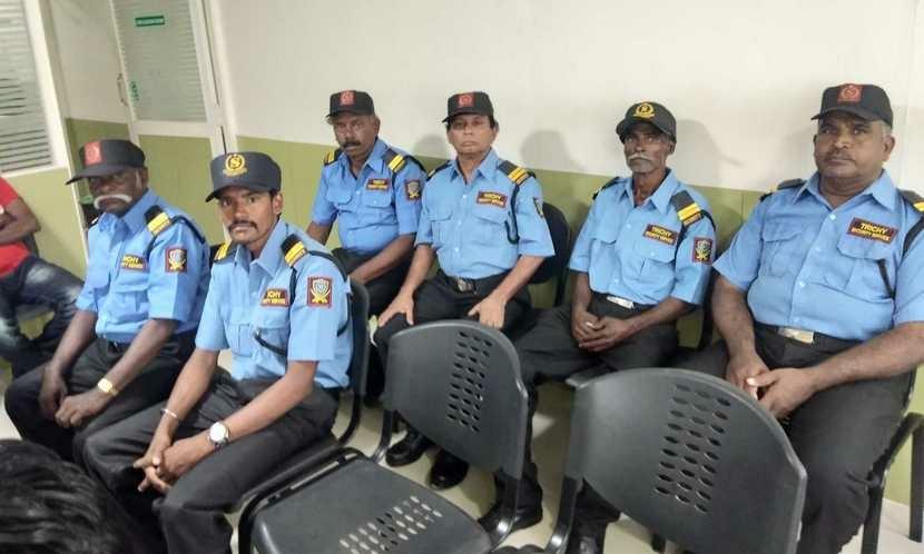Охоронні системи Як ми вибирали охоронну компанію в офіс Bezpeka.club