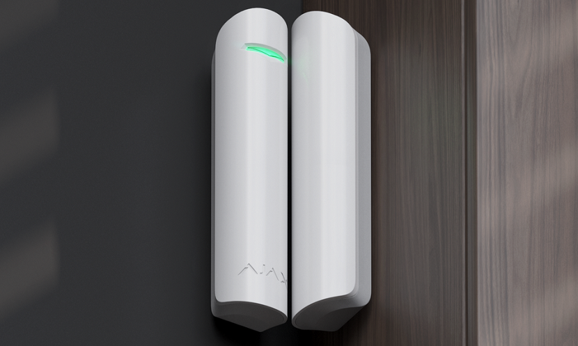 Охранные системы Обзор датчиков открытия дверей/окон Ajax DoorProtect и Ajax DoorProtect Plus