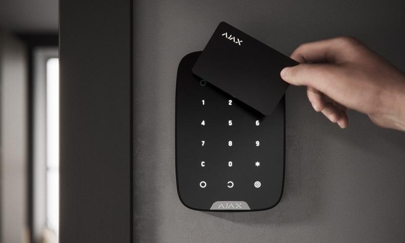 Новости Обзор новой кодовой клавиатуры Ajax KeyPad Plus